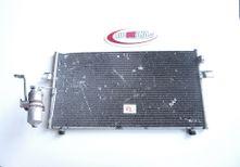 Chladic ac Nissan Maxima A33 3,0 V6